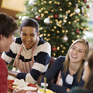 Celebrate the Holiday Season at These Fun and Free Events!